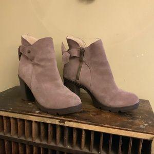 Bear paws Eden sheep/suede heeled booties 7
